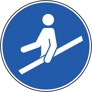 Use Handrail Label