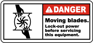 Danger Moving blades Lock-out power before servicing this equipment label