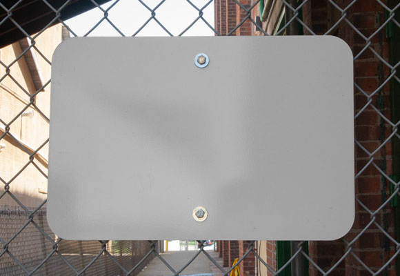 Front-view of the chain-link fence brackets