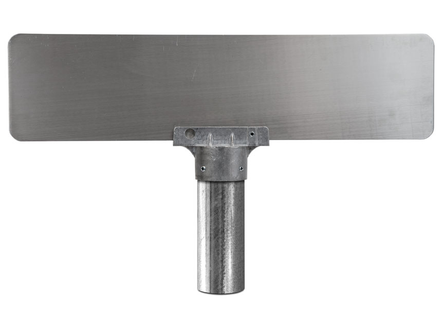 Round post bracket with mounted flat blade street sign