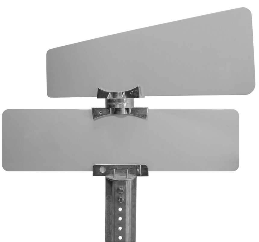 Flat blade street name sign mounted on 5.5″ cross separator street name bracket