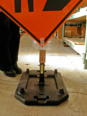 Zephyr Roll Up Sign Stand
