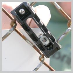 Tamper Resistant Signguardian 10 24 Fence Bracket Y4963