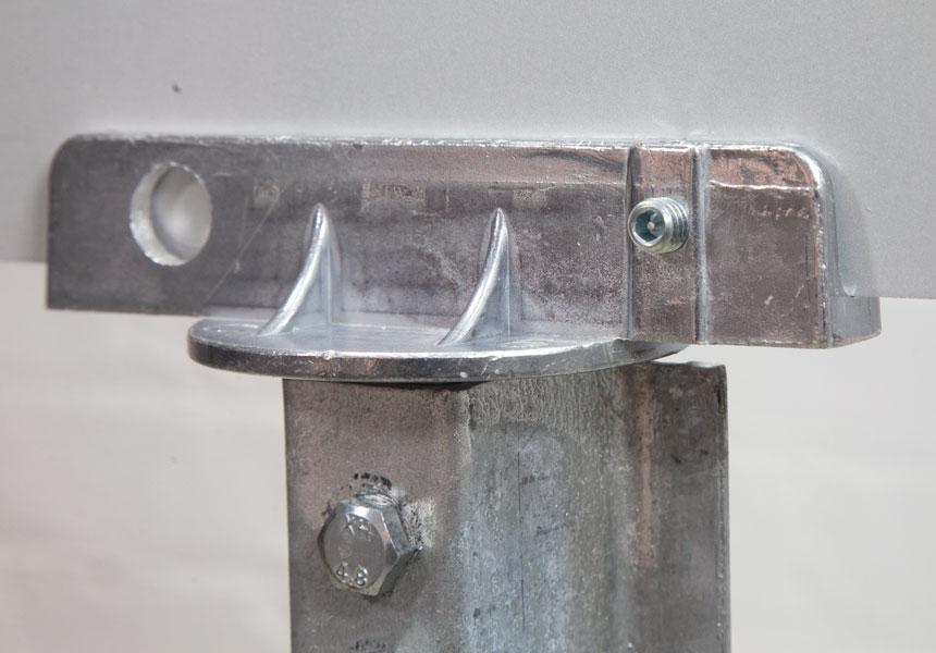 Installation of tamper resistant hex set screws on street name sign bracket