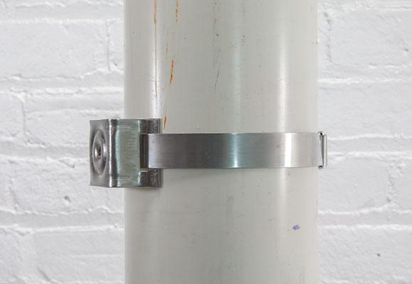 Photo of mounted sign bracket